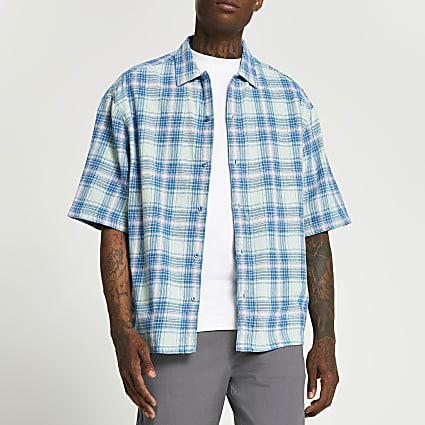 Blue check boxy short sleeve shirt