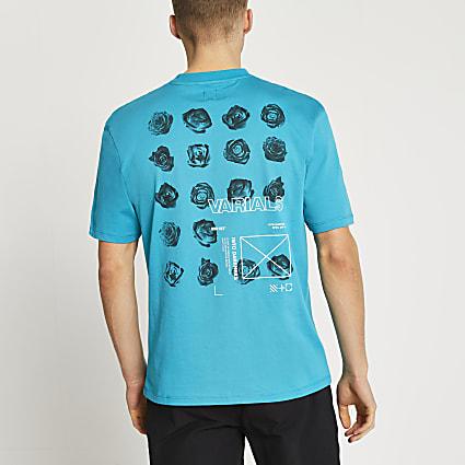Blue floral graphic t-shirt