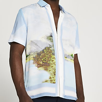 Blue landscape short sleeve shirt