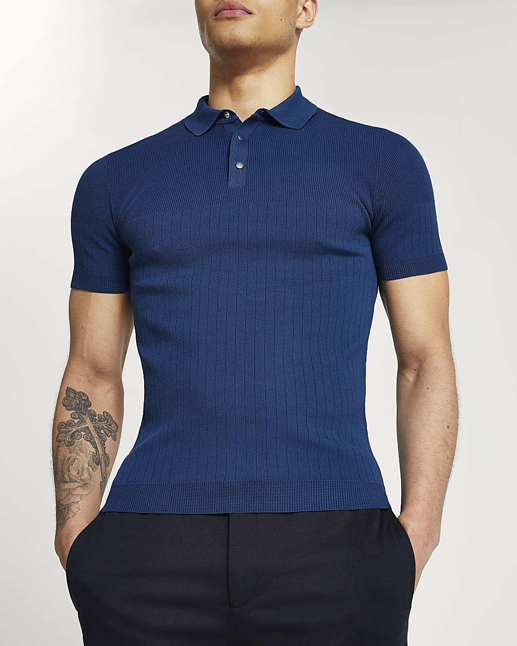 Blue muscle fit short sleeve polo shirt