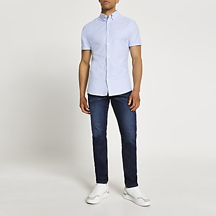 Blue Oxford muscle fit short sleeve shirt