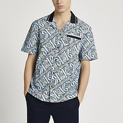 Blue RI monogram chain print revere shirt