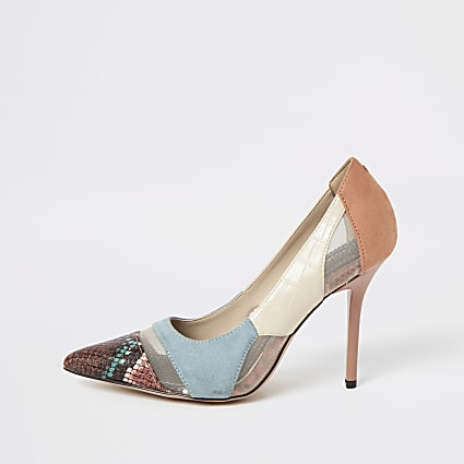 Blue snake printed mesh court shoes