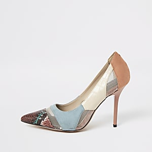 Blauwe wide fit pumps met slangenprint en mesh