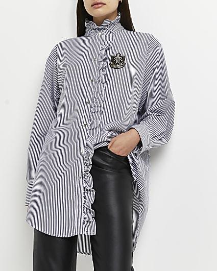 Blue stripe pie crust collar shirt