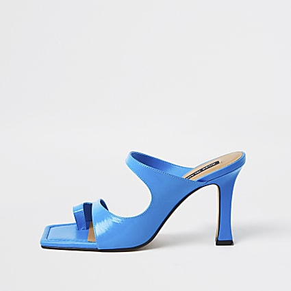 Blue toe loop mule sandal
