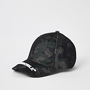 """Schwarze Kappe """"Invincible"""" mit Camouflagemuster und Mesh-Einsatz für Jungen"""