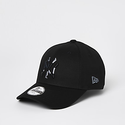 Boys black New Era NY camo cap