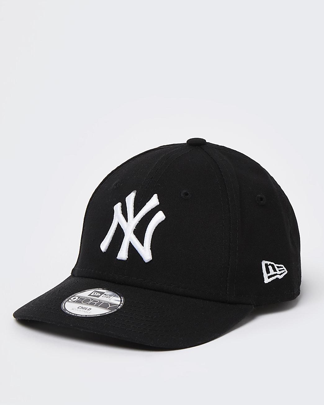 Boys black New Era NY yankees cap