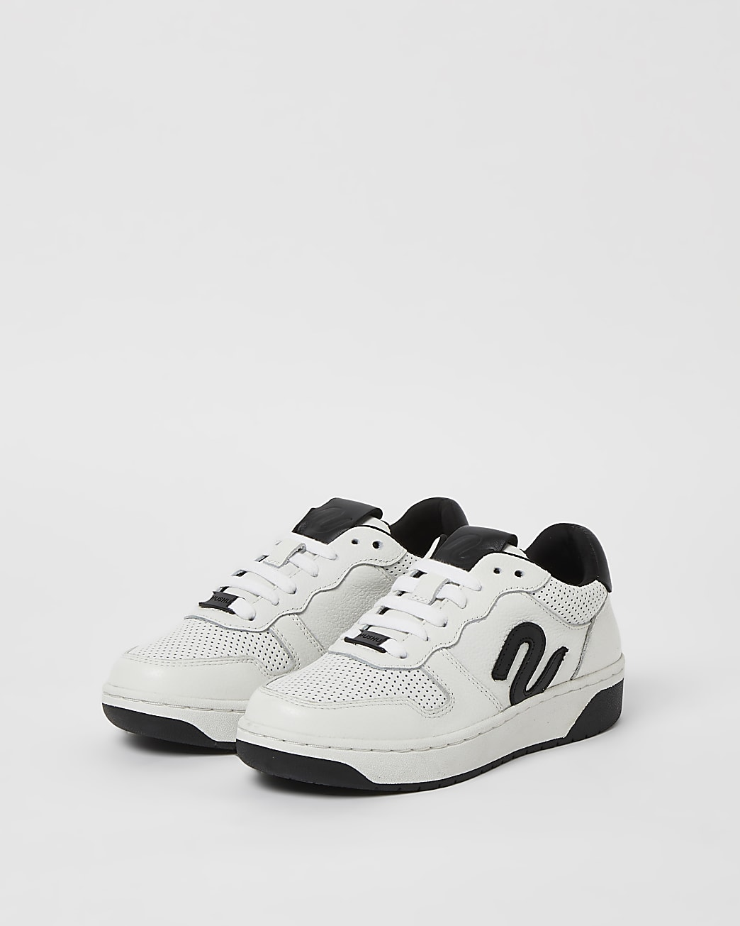 Boys black NUSHU perforated court trainers