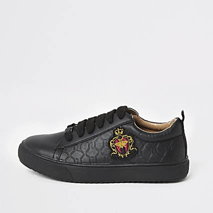 Boys black RI crest monogram trainers