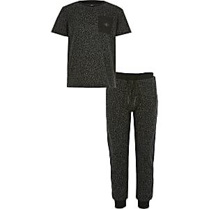 Schwarzes, strukturiertes T-Shirt-Outfit für Jungen