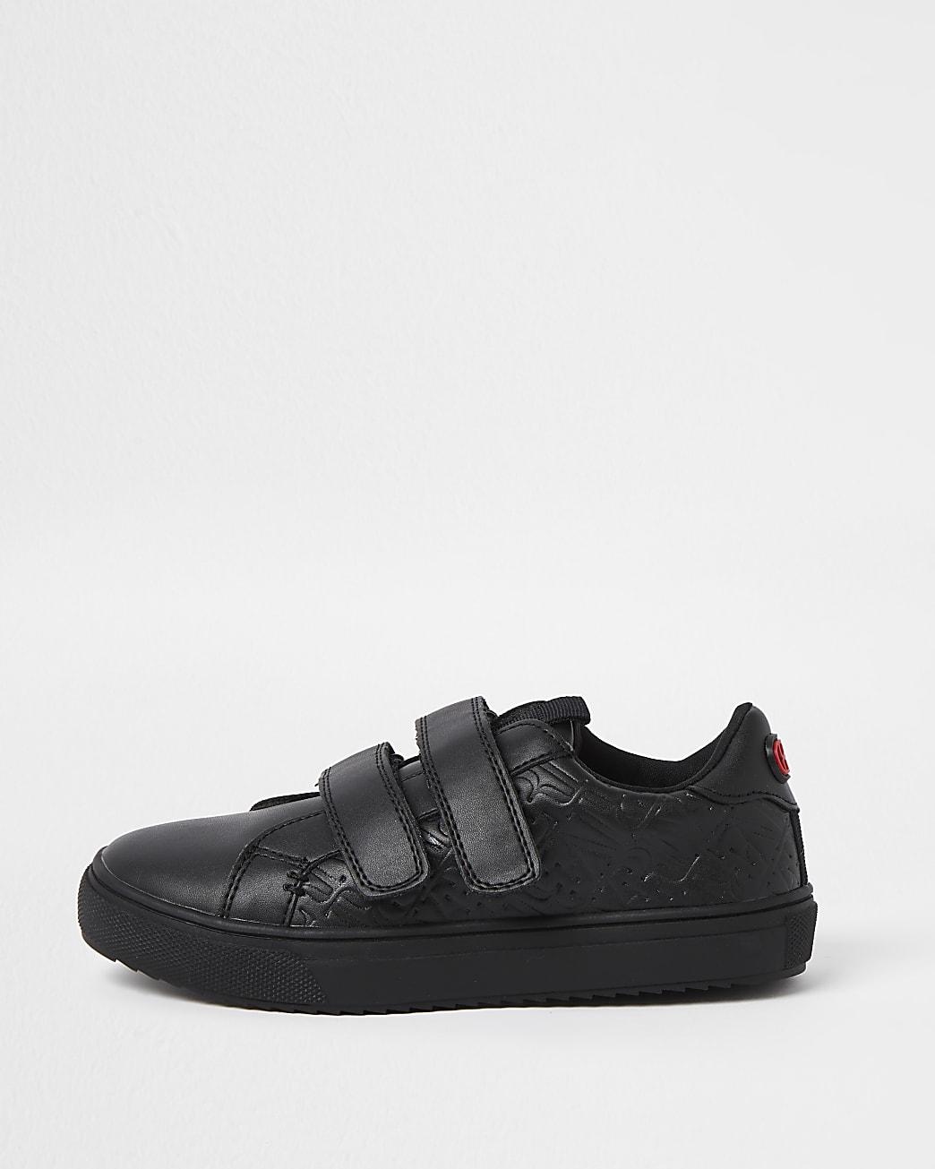 Boys black wide fit debossed plimsoles