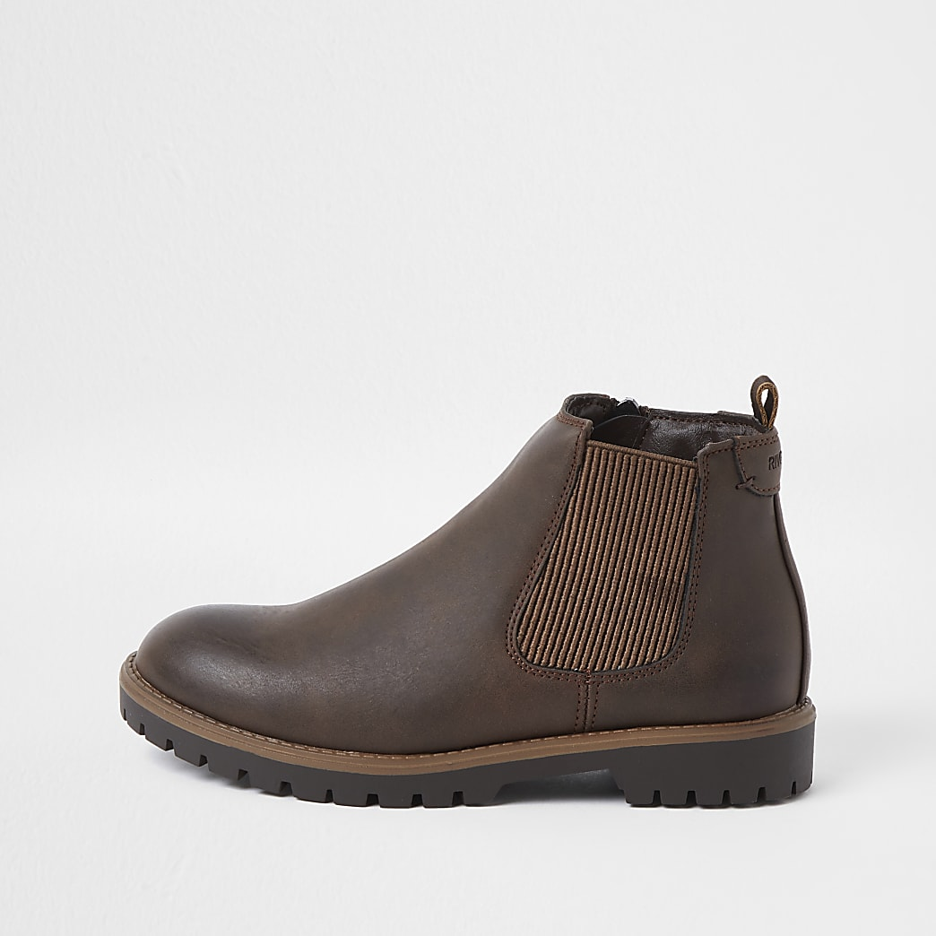 Boys brown clumpy chelsea boots