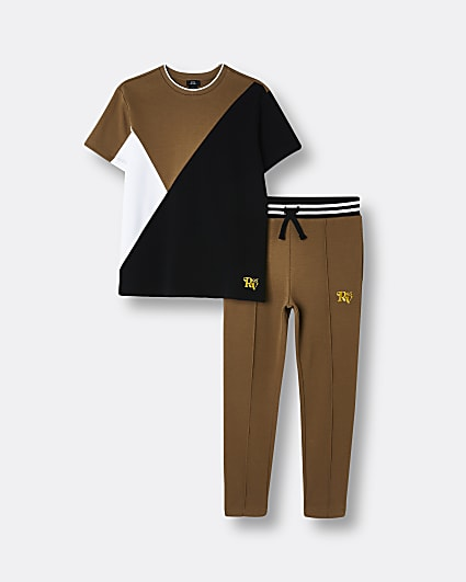 Boys brown colour block t-shirt and joggers