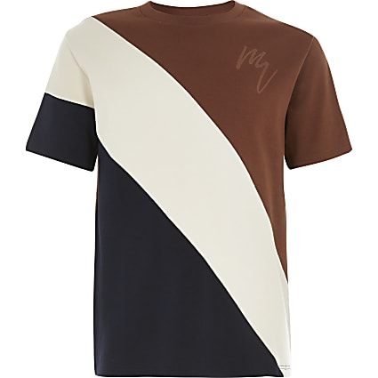 Boys brown colour blocked T-shirt