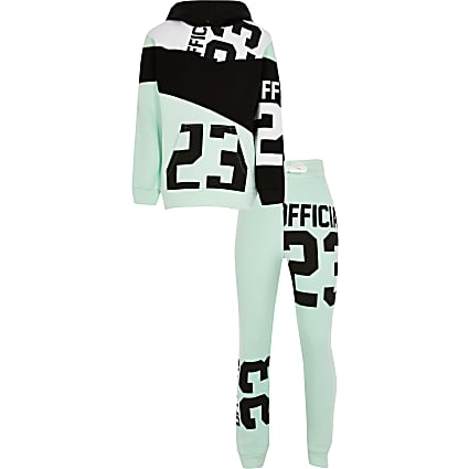 Boys green 23 print tracksuit