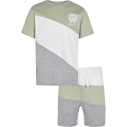 Boys green block t-shirt and shorts outfit