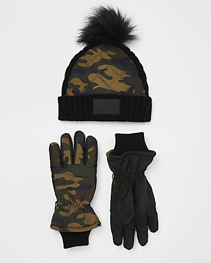 Boys green camo padded hat and gloves