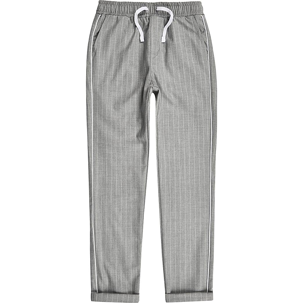 Fonkelnieuw Grijze broek met krijtstreep voor jongens | River Island PA-06