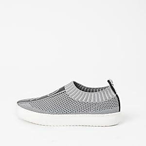 Boys grey Prolific knit trainers
