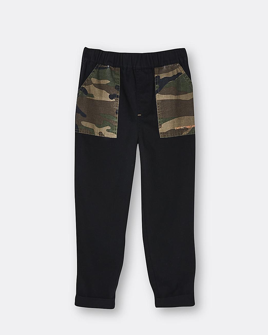 Boys khaki camo print cargo trousers
