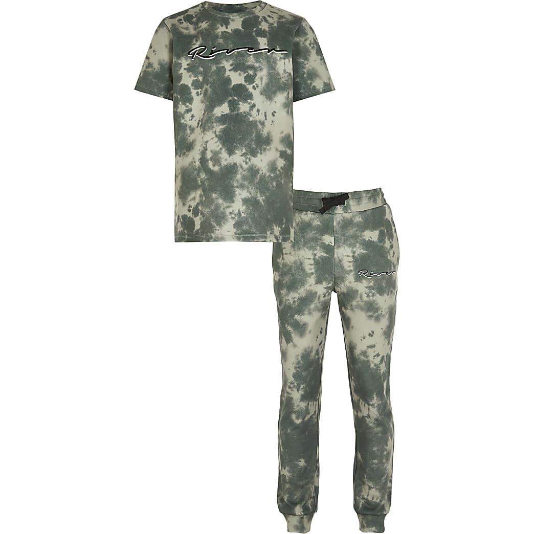 Boys khaki tie dye t-shirt and joggers outfit