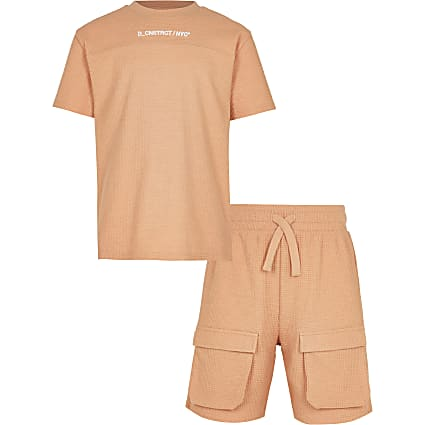 Boys orange waffle shorts outfit