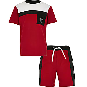 Boys red pique blocked pocket set