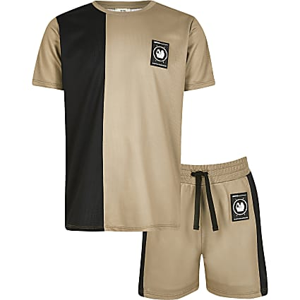 Boys RI Active stone mesh T-shirt outfit