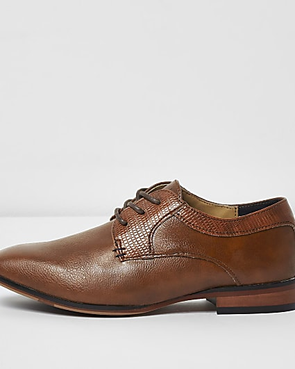 Boys tan brown pointed shoes