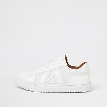 Boys white mesh taping plimsoles