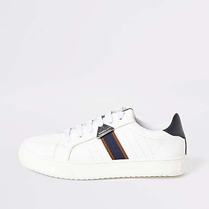Boys white RI tape side lace-up trainers