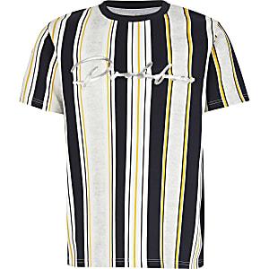"""Weißes T-Shirt mit Streifenmuster und """"Prolific""""-Prägung"""