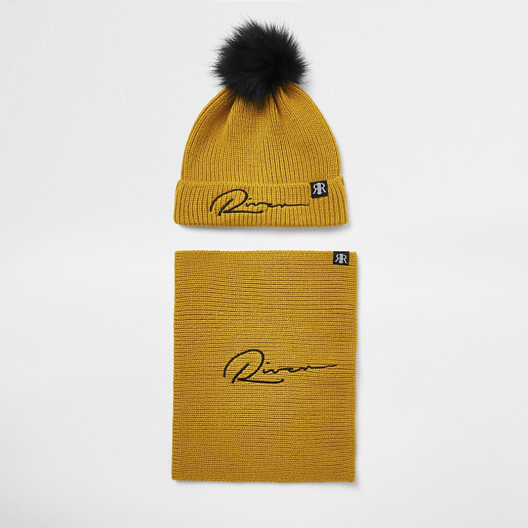Boys yellow 'River' beanie and snood set