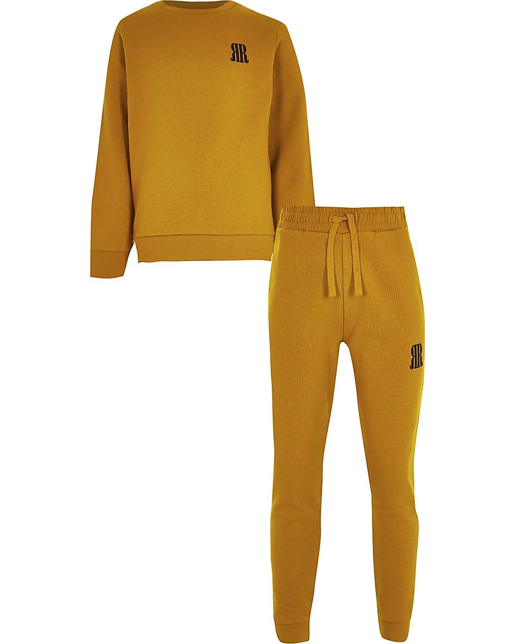 Boys yellow sweatshirt outfit