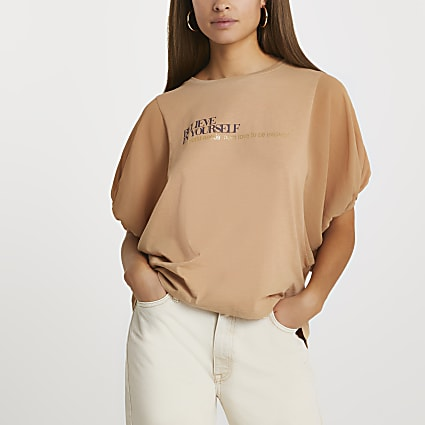 Brown batwing sleeve 'Believe' t-shirt