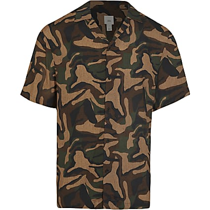 Brown camo short sleeve revere shirt