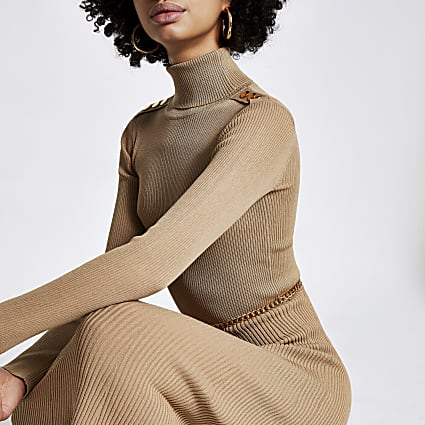 Brown chain detail ribbed long sleeve dress