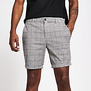 Sid – Hellbraun karierte Skinny Shorts