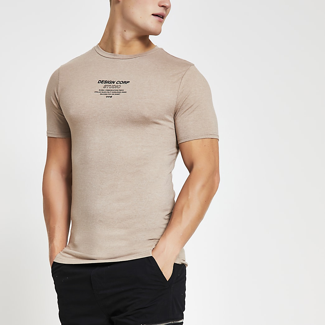 Brown chest print muscle fit T-shirt