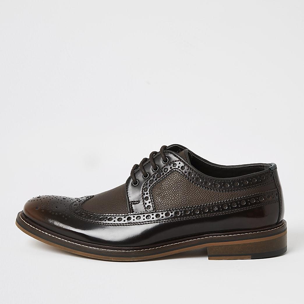 Donkerbruine leren derby brogue schoenen met vetersluiting