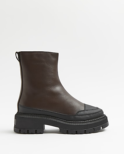 Brown leather chunky boots