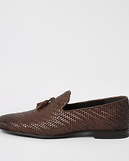 Brown leather textured loafers