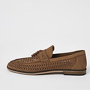 Brauner Loafer aus Leder mit gewebter Quaste