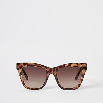 Brown leopard print chain arm sunglasses