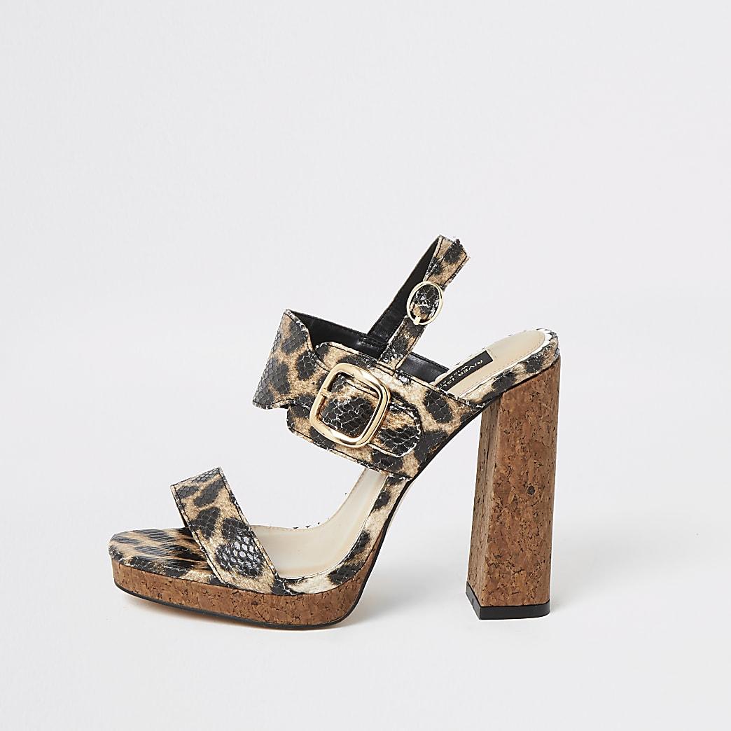 Bruine wide fit sandalen met luipaardprint en hak