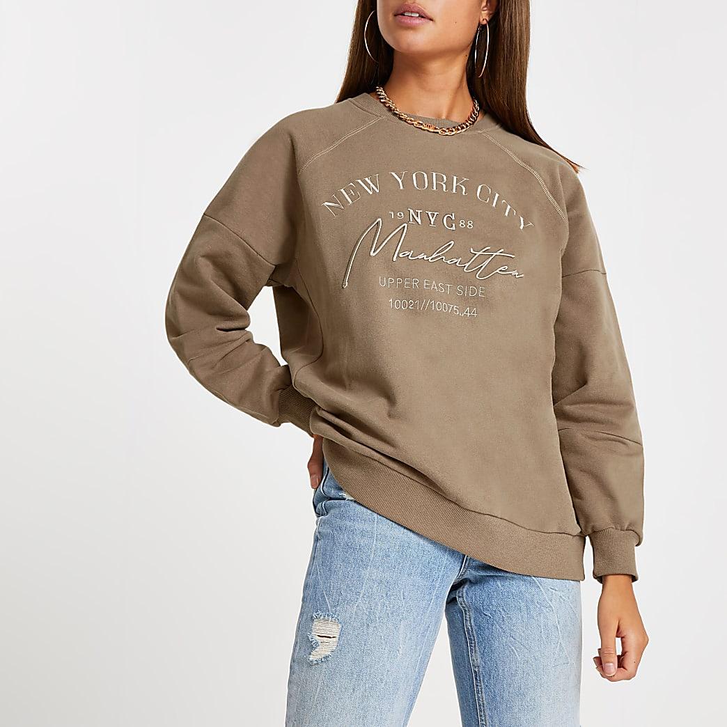 Brown 'NYC Manhattan' embroidered sweatshirt