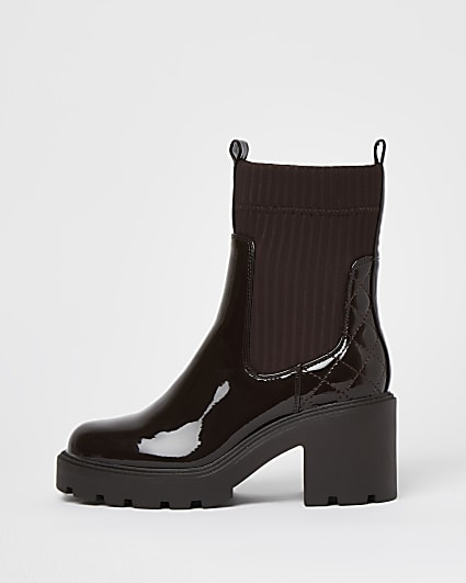 Brown patent chunky pull on boots
