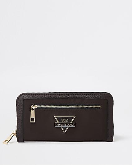 Brown RI branded purse